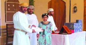 أمسية ثقافية لتكريم الفائزين بالمسابقات الثقافية والشعبية بنادي مجيس