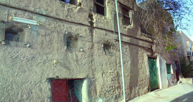 """""""الندوة"""" تحكي سيرة التراث العماني"""