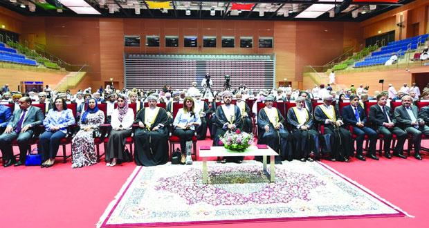 """أسعد بن طارق يفتتح أعمال الاجتماع الوزاري """"الطريق إلى التغطية الصحية الشاملة في إقليم شرق المتوسط"""" بصلالة"""
