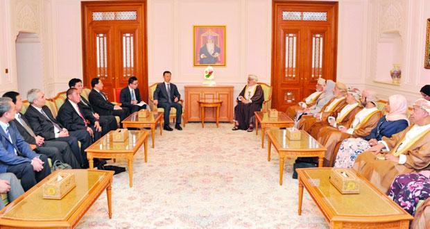 جلسة مباحثات بين السلطنة والصين في المجالات البرلمانية والثقافية والاقتصادية