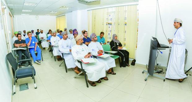 """برنامج تدريبي حول """"الإدارة والدعم الطبي للأزمات والكوارث"""" بمركز المحاكاة الطبي"""