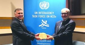 وكيل وزارة الصحة لشؤون التخطيط يحصل على جائزة فريق العمل المشترك لوكالات الأمم المتحدة لعام 2018م