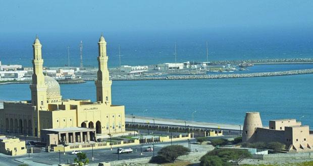 1443 جامعا و14 ألفا و561 مسجدا بمختلف محافظات السلطنة حتى 2017م