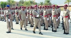 تخريج دفعة من الجنود المستجدين بالجيش السلطاني العماني