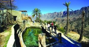 السياحة في السلطنة.. مقومات طبيعية متنوعة تسهم في إيجاد بيئة جاذبة للسياح
