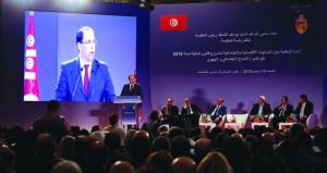 تونس: الشاهد يحذر من إعاقة الصراعات السياسية عمل الحكومة