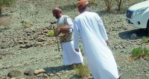 إعادة غزال لموطنه الأصلي بجبال منطقة الوقبة بينقل