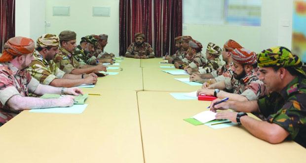 قوات السلطان المسلحة تواصل استعداداتها وتحضيراتها للتعامل مع الحالة المدارية (لبان)