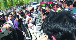 أفغانستان تنتخب اليوم باستثناء قندهار .. وطالبان تتوعد المصوتين