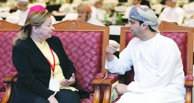 ناهد عبدالكريم : ما كُشِف عنه مرحلة أولى وتاريخ عمان من خلال الوثائق الأجنبية يجب تكثيفه وإتاحة هذه الوثائق للباحثين