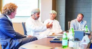 لجنة تحكيم جائزة السلطان قابوس للإجادة في الخدمات الحكومية الإلكترونية تواصل أعمالها
