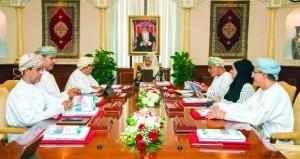 مجلس جامعة السلطان قابوس يوافق على تفعيل خيار (المقررات الدراسية) بكلية التربية