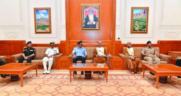 وفد عسكري هندي يزور مجلسي الدولة والشورى وكلية الدفاع الوطني