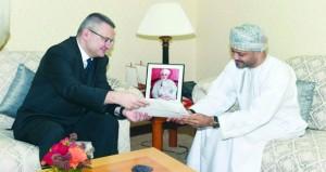 أمين عام وزارة الخارجية يتسلم نسخة من أوراق اعتماد سفير بولندا