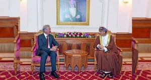 فهد بن محمود يستقبل نائب رئيس الوزراء ومنسق الأمن القومي بسنغافورة