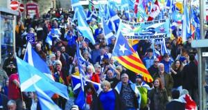 20 ألف متظاهر يطالبون باستقلال اسكتلندا