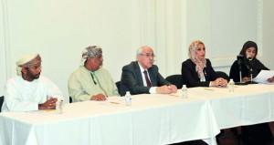 النادي الثقافي يستعرض المنجز الموسيقى العماني في فكر جلالة السلطان بين المحافظة والتجديد
