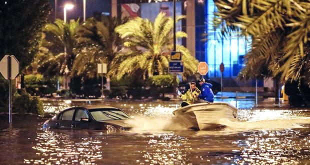 رئيس الوزراء الكويتي : سنقوم بتعويض المتضررين من الأمطار
