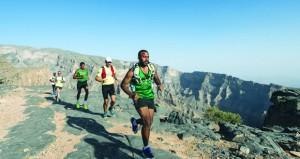 """بدء العد التنازلي لانطلاق تحدي الجري الجبلي العالمي """"ألترا تريل مون بلان"""""""