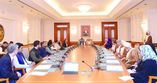 بحث مجالات التعاون الثنائي بين السلطنة وباكستان في المجالات البرلمانية