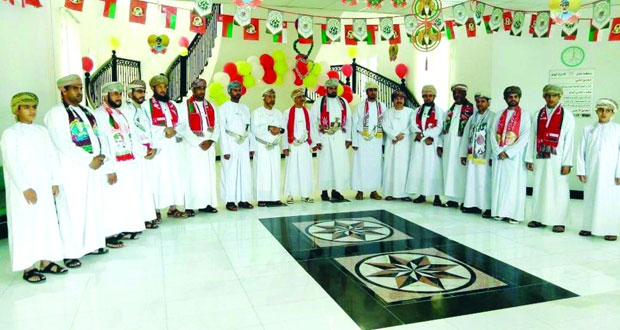 الادعاء العام بالداخلية وجنوب الباطنة يحتفلان بالعيد الوطني المجيد