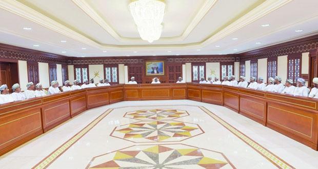 وزير الداخلية يؤكد على أهمية الاستعداد لانتخابات مجلـس الشورى للفترة التاسعة