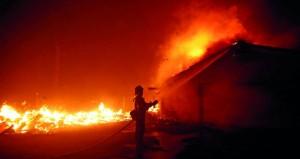 وفاة تسعة أشخاص في ولاية كاليفورنيا بسبب حرائق الغابات