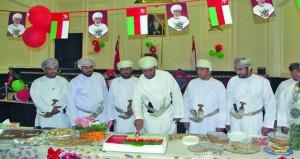 عدد من المؤسسات تواصل الاحتفال بالعيد الوطني الـ (48) المجيد