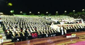 جامعة السلطان قابوس تحتفل بتخريج 1303 خريجين وخريجات من كلياتها العلمية