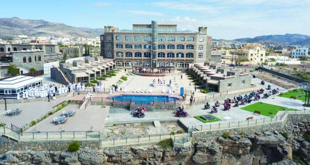 وزير السياحة يفتتح فندق سما الجبل الأخضر بمحافظة الداخلية   جريدة الوطن
