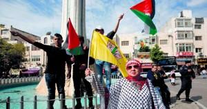 الفلسطينيون: لا يحق لأي جهة إزاحة ملف اللاجئين عن طاولة المفاوضات