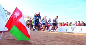 انطلاق المرحلة الأولى من ماراثون عمان الصحراوي