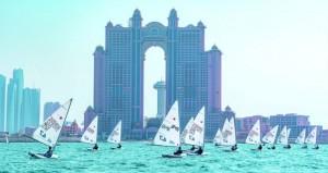 ناشئو عُمان للإبحار يحققون المراكز الأولى في بطولة اليوم الوطني الإماراتي للإبحار الشراعي