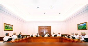"""""""قانونية الدولة """"تناقش ملاحظات أعضائها حول """"مراجعة القوانين الخاصة بالأراضي في السلطنة"""""""