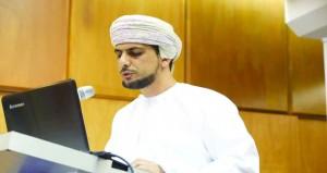 محمد العيسري يُدّون سيرة سيف بن محمد الطوقي