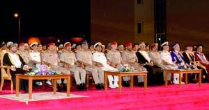 الوزير المسؤول عن شؤون الدفاع يرعى حفل تخريج الدفعة الثانية من طلاب الكلية العسكرية التقنية بإجمالي (212) طالباً