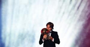مودريتش ينهي هيمنة رونالدو وميسي على جائزة الكرة الذهبية