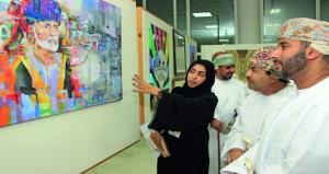 """عشيبة السنيدية وأسماء العلوية تحصدان المركز الأول مناصفة بالمسابقة الفنية """"عمان تاريخ وحضارة"""""""