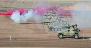 الجيش السلطاني العماني يحتفل بذكرى يوم القوات المسلحة