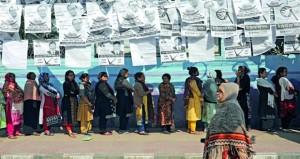 (انتخابات بنجلاديش) : مقتل 12 بأعمال عنف ..وتحقيق في شكاوى بشأن تلاعب في التصويت