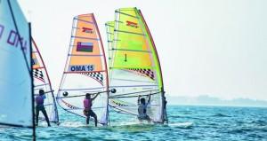 عُمان للإبحار تختتم سباقات تحديد المستوى بمشاركة 56 بحاراً ناشئاً