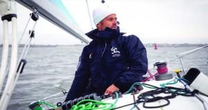 """عُمان للإبحار تتمكن من ضم البحّار الفرنسي المخضرم """"فرانك كاماس"""" إلى طاقمها"""