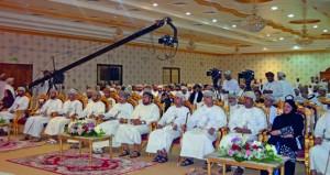 مسندم تحتفي بشعراء عمان في أولى ليالي الدورة الحادية عشرة لمهرجان الشعر العماني