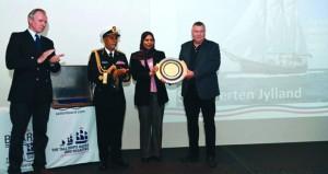 (سكونرتان يلاند) تفوز بجائزة السلطان قابوس للإبحار الشراعي