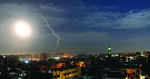 سوريا : الدفاعات الجوية تتصدى لعدوان اسرائيلي جديد ونتنياهو يتبجح بالاعتراف ويهدد
