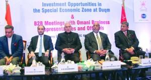 السلطنة والهند تؤكدان على تعزيز العلاقات الاستثمارية واستغلال الفرص المتاحة في مختلف القطاعات