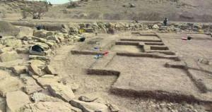 """""""التراث والثقافة"""" تباشر التنقيب في أحد أكبر أبراج الألف الثالث قبل الميلاد في موقع """"سلوت"""" الأثري"""