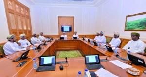 """""""الخدمات"""" بالشورى تناقش اتفاقية النقل البحري بين السلطنة والمغرب"""