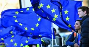 بريطانيا: ماي تنجو من اقتراع بحجب الثقة وتعتبر الفرصة متاحة الآن للتوصل لاتفاق