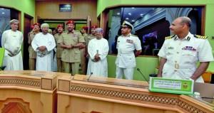 الوزير المسؤول عن شؤون الدفاع يزور كلية الدفاع الوطني